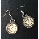 Boucles d'oreilles What time is it